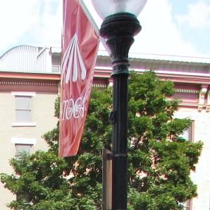 jjj 076  sara flag